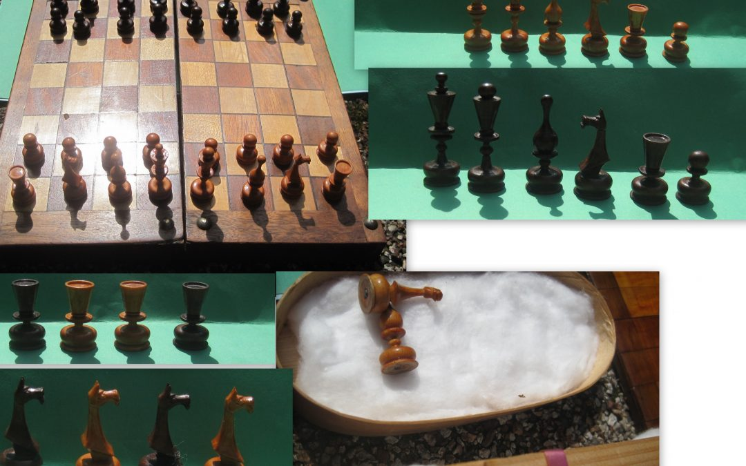 Very small Russian rice chess game