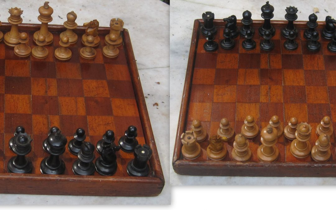 Late 19th century unweighted chess set