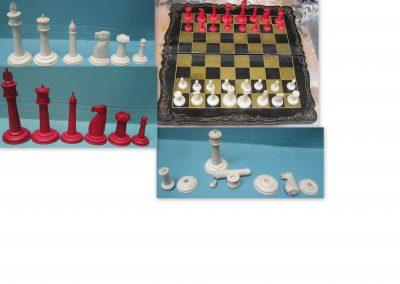 Late 19th century Chinese Staunton chess set