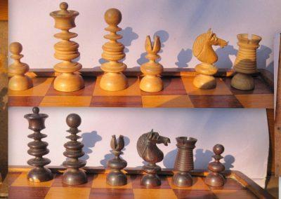 A small English pattern chess set circa 1825-50